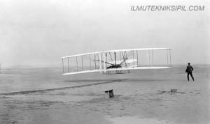 Sejarah Penerbangan 4