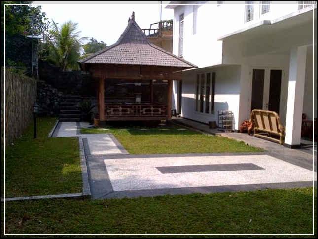 taman minimalis depan rumah yang indah